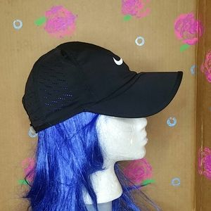 Nike Dri-Fit Lightweight Mesh Golf Hat Black